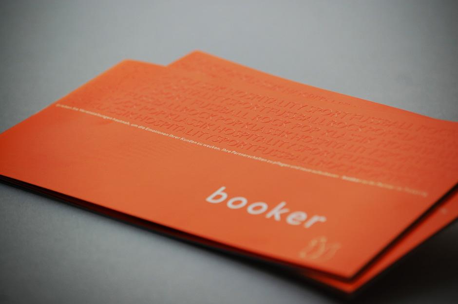 01_Booker_Koeln_CorporateDesign_Broschuere